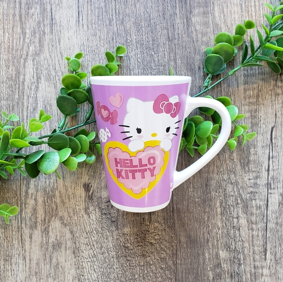 Hello Kitty Heart Ceramic Mug
